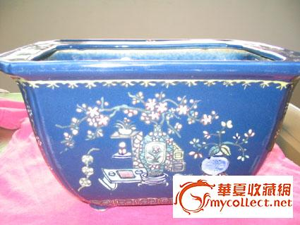 霁蓝釉粉彩花盆