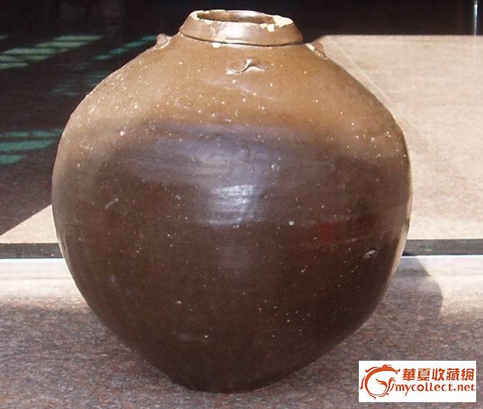 一个超级大的酱釉四系罐,大家看看值钱多少?