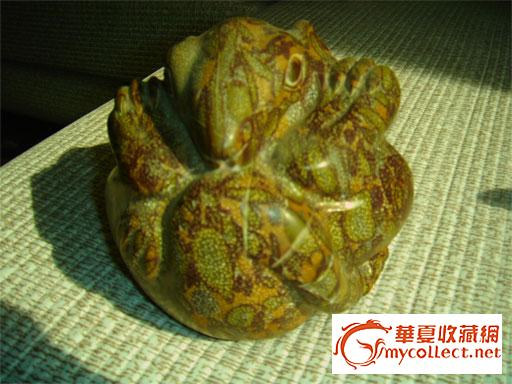 身上的花纹是石头天然的花纹