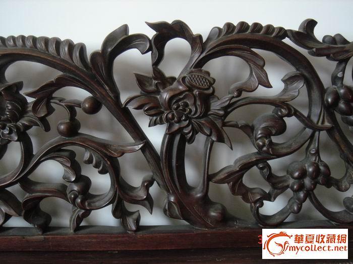 长:180  宽:75  高:80,靠背用独幅红木雕刻,棕绷托底,藤面.