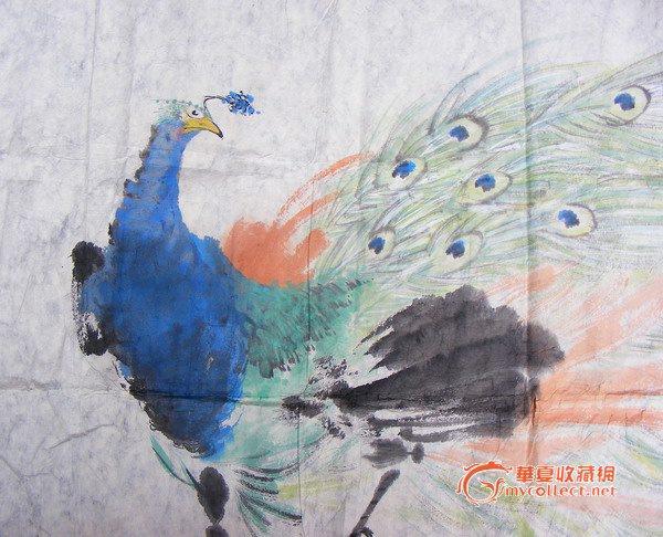 长133cm.宽67cm 张书旗,浙江浦江人。 二十年代初入上海美专学习。先学西画,后转攻国画花鸟,得著名美术教育家吕凤子亲授。1935年在南京举办个展。曾任教于中央大学艺术系。抗战前赴美,1956年在美国西部举办国际画家名名作展览,其作品《雄鹰》获水彩首奖。1939年,其《百鸽图》被中国政府作为礼物赠送美国总统罗斯福。 早年得高剑父指授,有日本画的面貌;喜用高丽纸作画,力求色彩与水墨的融合。其后又取法任伯年,作花鸟喜用白粉调和色墨,画面典雅明丽,颇具现代感。因其善用折粉,故有白粉画家之称。时人评论其作