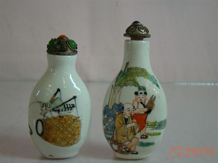 2旧手绘瓷鼻烟壶
