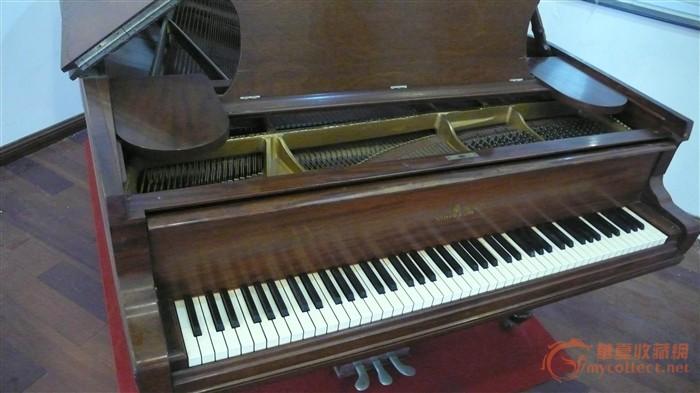斯坦威古董钢琴图片