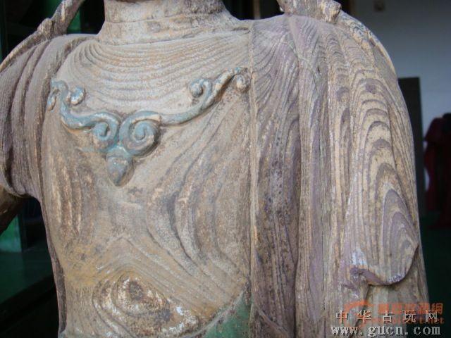 加彩木雕水月观音