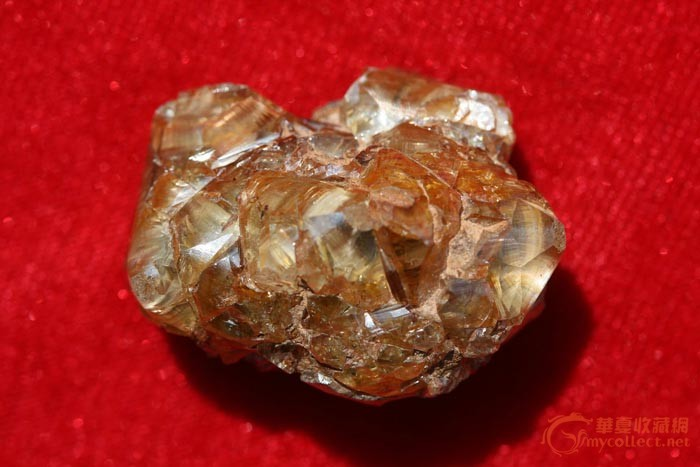 目前我国钻石主要产地有三个:辽宁瓦房店