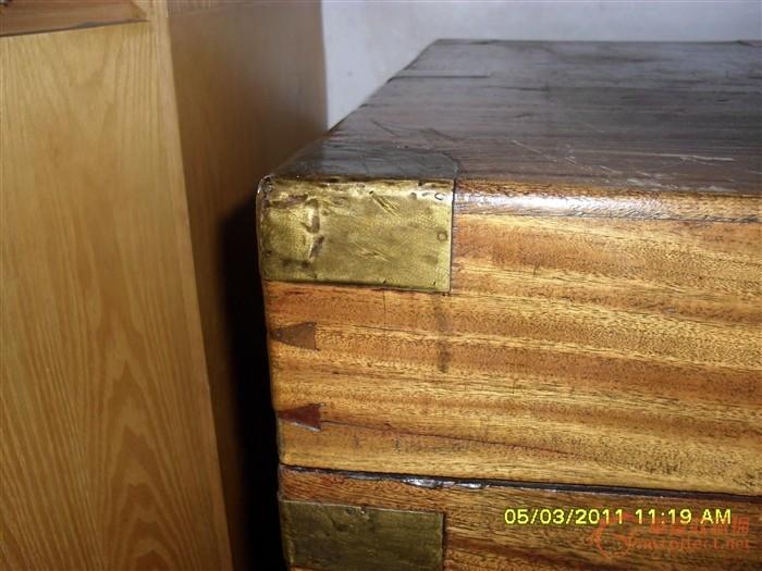 老樟木箱子