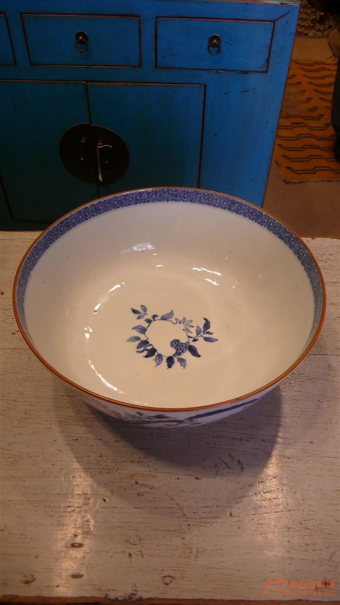 五彩青花大瓷碗