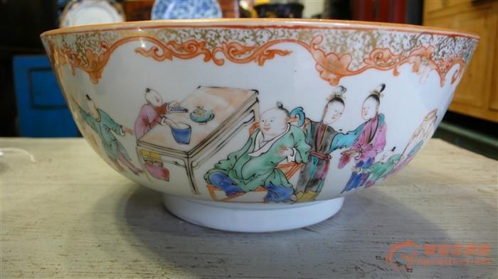 五彩大瓷碗