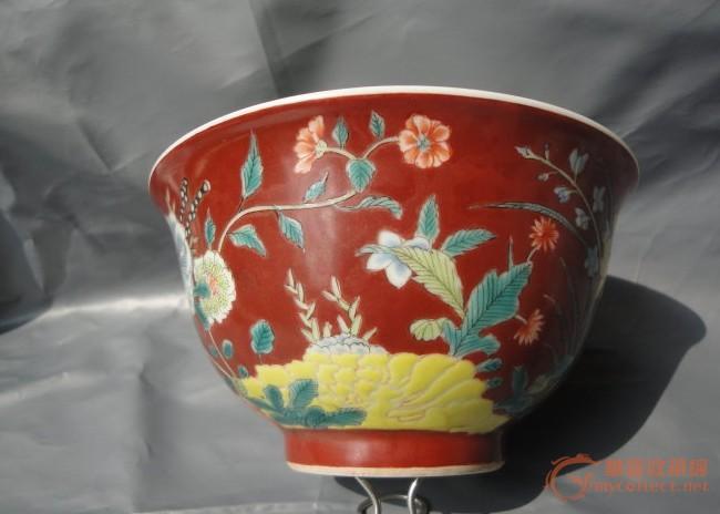 抹红地九秋花纹碗图片