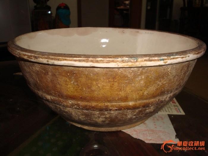 白釉大瓷碗