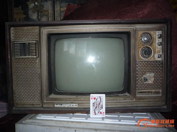 昆仑是十二寸黑白电视机