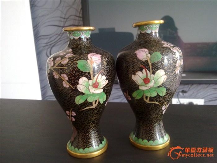 梅花蝴蝶花瓶一对
