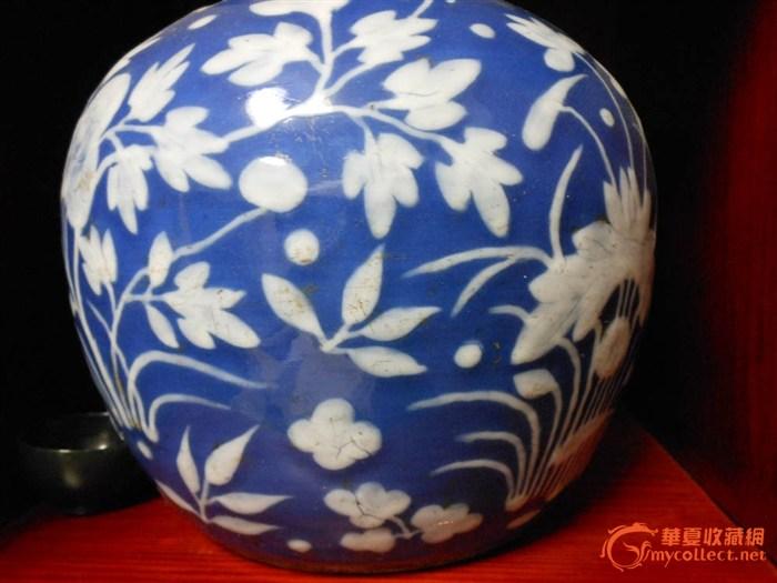 白花/清蓝底白花瓷器