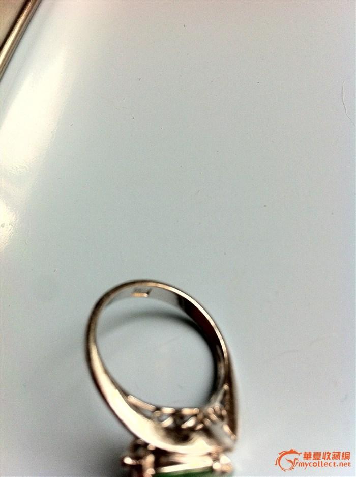 欧洲回流 老坑翡翠镶嵌戒指一个 指环部有10k的印记 请行家鉴定估价