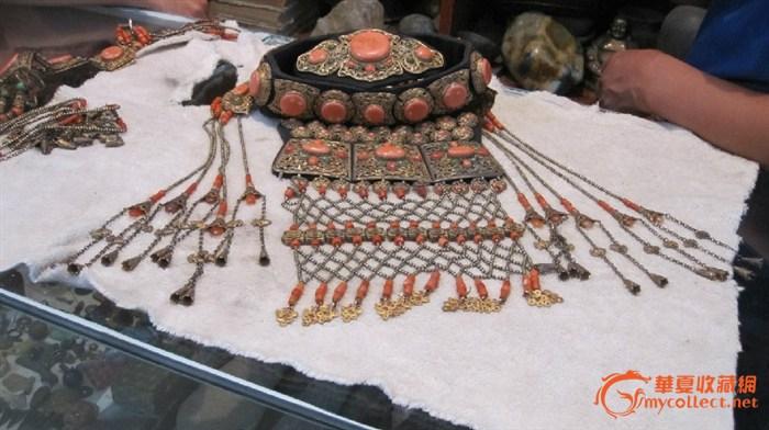 科尔沁蒙古族红珊瑚头饰
