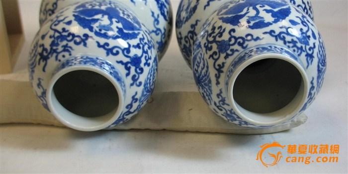 青花缠枝仙鹤纹葫芦瓶