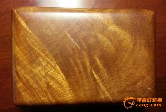 金丝楠木和阴沉木制造的小盒