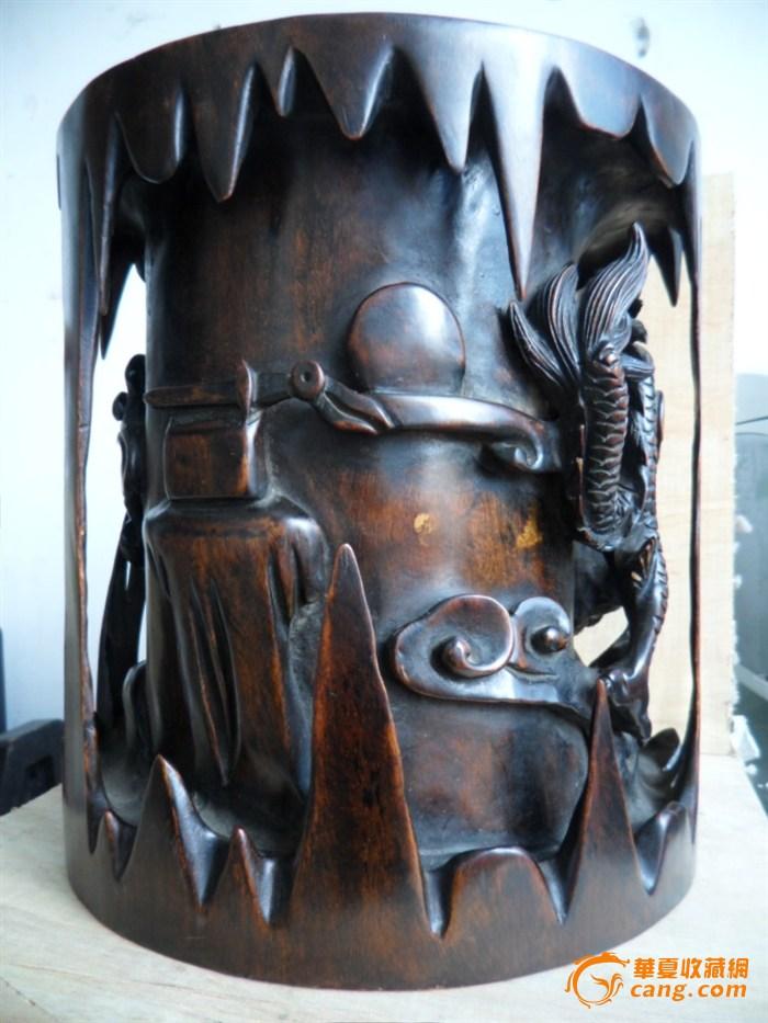 红木老工雕刻双龙戏珠笔筒
