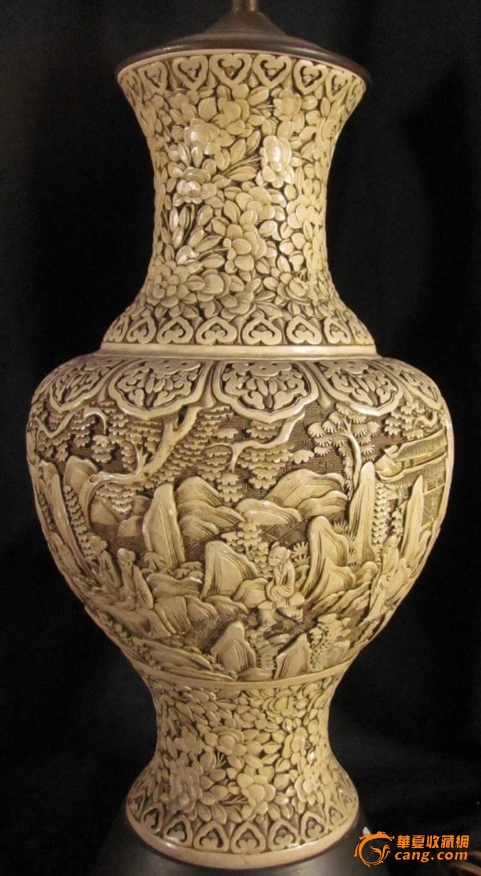 山水人物白漆大花瓶