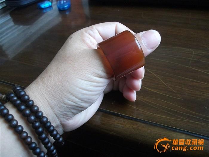 《天下夺宝》赛宝大会入选藏品------清代红翡板指
