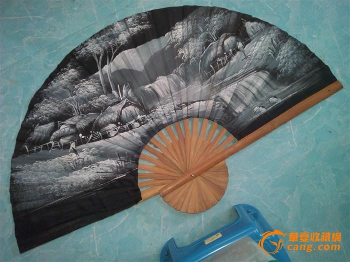 丝绸手绘风景画大折扇