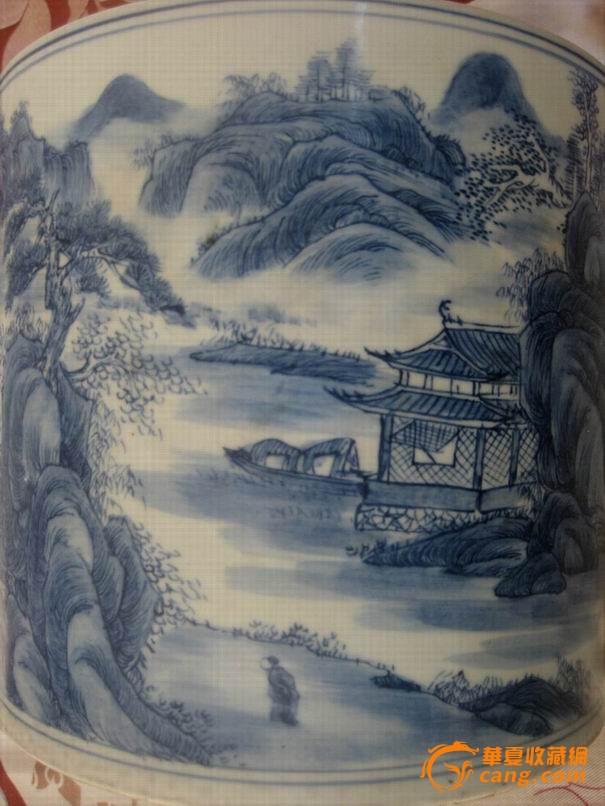 大清康熙年制青花山水风景画笔筒
