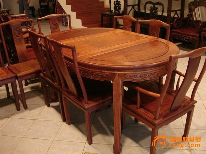 椭圆形红木餐桌新中式 图片大全