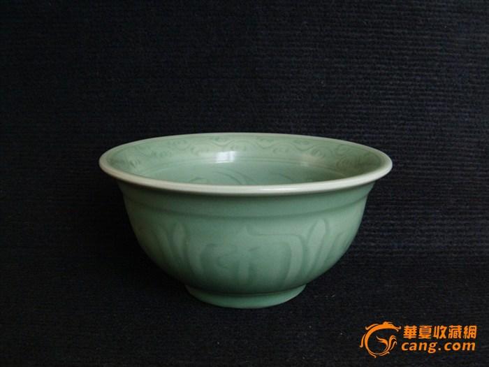 (峰会瓷)明早期仰莲纹官窑龙泉碗