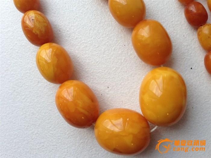 波罗的海老蜜蜡珠串 高清图片