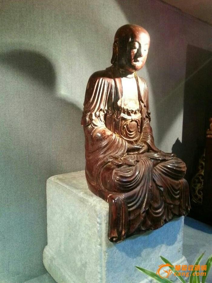 明代木雕佛像 男相观音