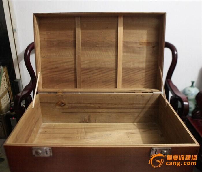 老金丝楠木箱子