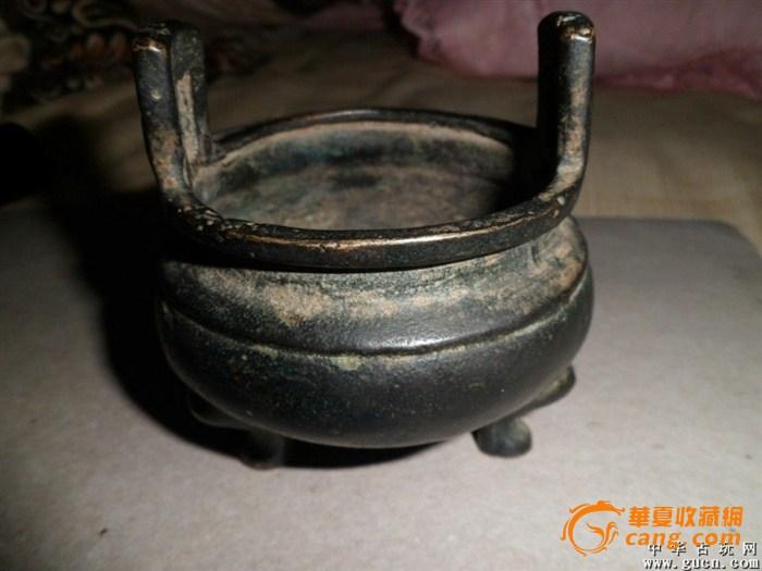收藏专家和铜香炉专家来鉴定一下,这是宣德炉吗,是真的吗?